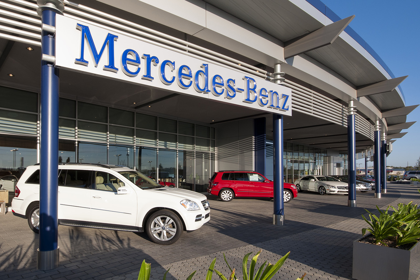 Park place dallas best place 2017 for Mercedes benz repair dallas